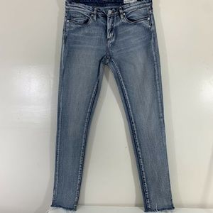 Blank NYC Jeans 29 Skinny Classique High Rise Fray